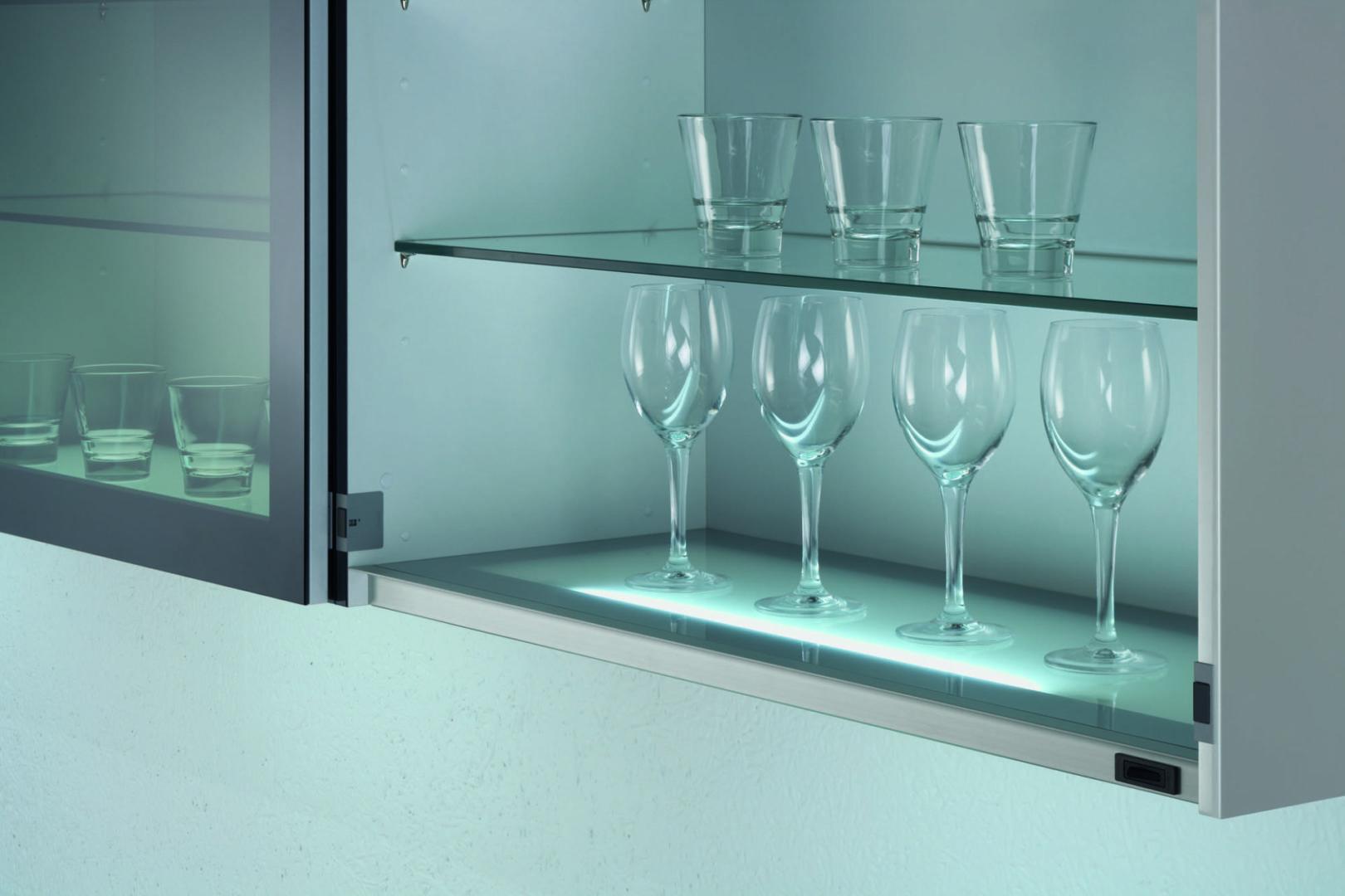P1 Lichtboden scaled - Küchenzubehör